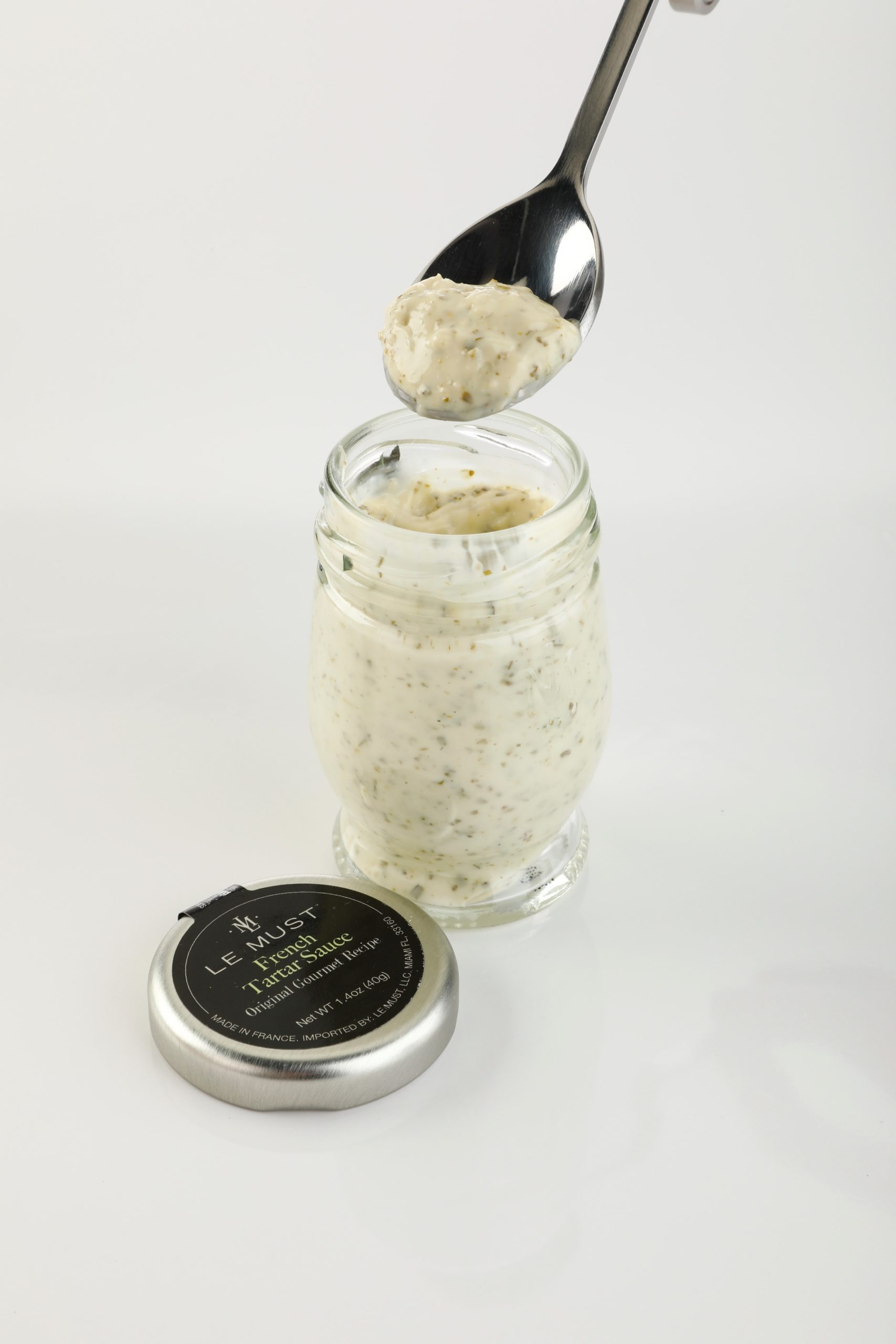 lemust tartar sauce in mini bottles